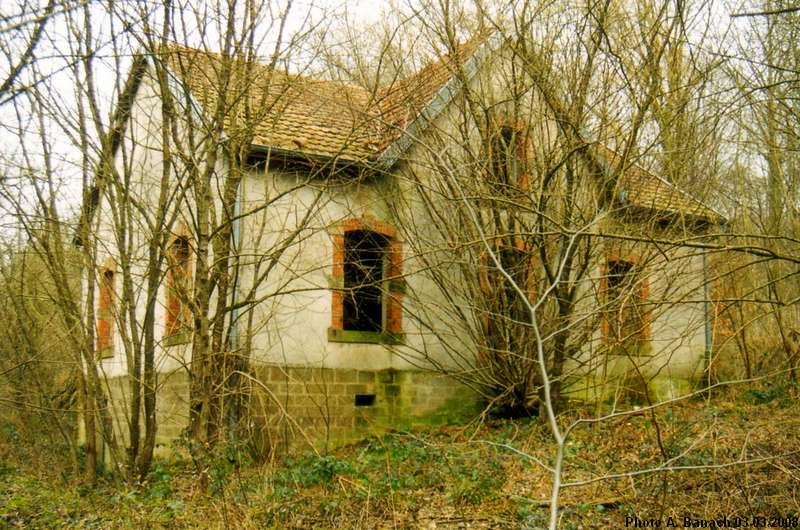 La maison du garde de mines for Ancienne maison des gardes